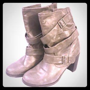 STEVE MADDEN Madden Girl Gray Heel Boots Size 8.5